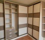 Угловые встроенные шкафы купе фото